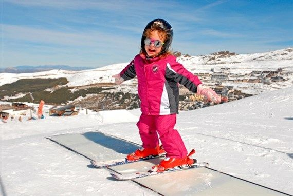 sierra nevada clases de esqui infantil